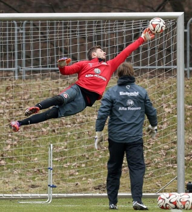 Training with Kevin Trapp
